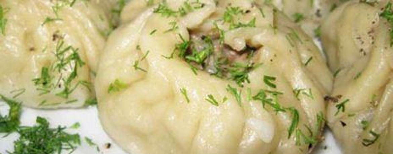 Зөвлөгөө: Цагаан сараар цагаан хоолтой зочиндоо зориулж  махгүй бууз хийх арга