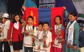 Олон улсын тэмцээнээс 22 сурагч алт, мөнгөн цом хүртээд байна