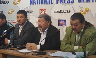 А.СҮХБАТ: Р.Нямдорж 26  жил Монгол бөхийг самарлаа