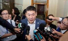 Л.Оюун-Эрдэнэ: Монгол Улсын Үндсэн хуулийг зөрчиж байгаа болохыг анхааруулъя