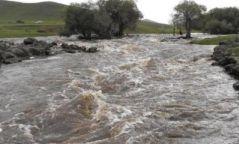 Өнөө шөнө Завхан, Говь-Алтайн нутгаар их хэмжээний усархаг бороо орно