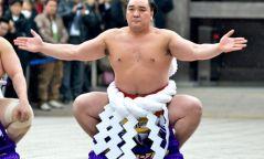 Их аварга Харумафүжи Д.Бямбадоржийн зодог тайлах ёслолын тов гарчээ