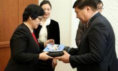 Монгол Улс хүүхдийн эрхийн улсын байцаагчтай боллоо