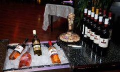 МАРАНИ: Улаан вино хатуу бяслаг, цагаан вино зөөлөн бяслагтай тохирно