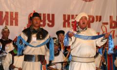 """Ховд аймгийн Манхан суманд """"ЗАХЧИН ДУУ ХУУР""""-ын наадам боллоо"""
