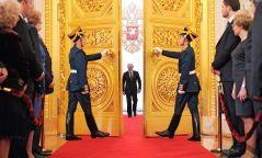 Фото: Владимир Путины тангараг өргөх ёслолд хүрэлцэн ирсэн одод