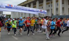 """""""Улаанбаатар марафон-2018"""" тэмцээний тамирчид барианд орж эхэллээ"""