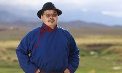 """""""Мөнх хөх тэнгэр биднийг ивээж, Монгол Улс маань мандан бадрах болтугай"""""""
