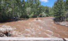 Увс аймгийн Торхилог голын гүүр нуржээ