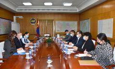 Ө.Энхтүвшин: Казахстан руу 6 дугаар сарын эхний хагаст тусгай нислэг үйлдэж иргэдээ авах төлөвлөгөөтэй байна