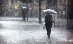 Улаанбаатарт түр зуурын бороотой