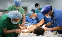 Зүрхний эмгэгтэй 28 хүүхэд үнэгүй хагалгаа хийлгэхээр БНХАУ-д очоод байна