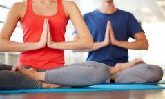 Өдрийн эрч хүчийг өгөх йогийн 6 дасгал