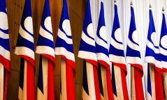 АН-ын зөвлөлөөс Үндсэн хуулийн нэмэлт өөрчлөлттэй холбоотой 18 заалт бүхий саналаа хүргүүллээ