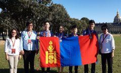 Монгол сурагчид Олон улсын химийн 51 дүгээр олимпиадаас хоёр хүрэл медаль хүртлээ