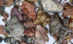 Байгалийн чулуу болон хаягдал хар төмөр хилээр нэвтрүүлэхийг завджээ