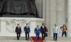 Монгол Улсын Их Хурлын дарга Г.Занданшатар Төрийн далбааны өдөрт зориулсан ёслолын арга хэмжээнд оролцов