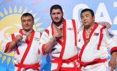 Монгол бөхчүүд ДАШТ-ээс гурван хүрэл медаль хүртлээ