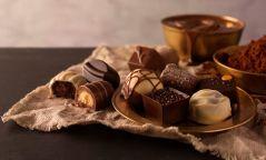 Өглөөний цайндаа шоколадтай франц ороомог
