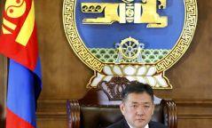 Анхдугаар Үндсэн хуулиа баталж, Бүгд Найрамдах улсаа тунхагласны өдөрт зориулсан Монгол Улсын Их Хурлын дарга Миеэгомбын Энхболдын мэндчилгээ
