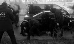 Хар тамхины бүлэглэл 500 сая төгрөгийн өртөг бүхий мөс тээвэрлэж явахад нь баривчиллаа
