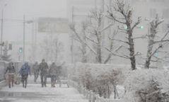 Анхаар: Маргааш нутгийн хойд хэсгээр цас орж, явган шуурга шуурна