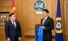 Л.Оюун-Эрдэнийг Монгол Улсын 32 дахь Ерөнхий сайдаар томилов