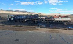 25 тонн дизель түлш тээвэрлэж явсан машин осолдож хоёр хүн гэмтжээ