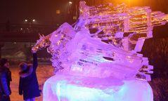 Фото: Сэлбэ голын орчимд мөсөн хотхон сүндэрлэлээ