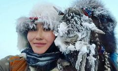 ФОТО: Тэмээгээр аялагч Н.Байгаль бүсгүй Говь-Алтай аймагт