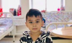 Зураачид Э.Маргад-Эрдэнэ хүүгийн эмчилгээнд зориулан дуудлага худалдаа зохионо