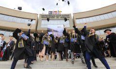 Монголд олон улсын стандартаар бэлтгэгдсэн анхны инженерүүд дипломоо гардаж авлаа