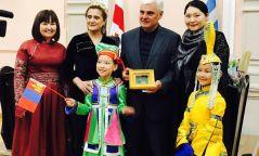 Дэлхийн бяцхан миссээр монгол охин тодорлоо