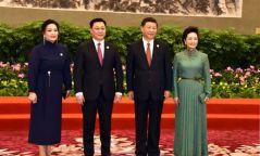 Ж.Эрдэнэбат, Ши Жиньпиний эхнэрүүдийн хэн нь илүү үзэсгэлэнтэй вэ?