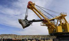 Эрдэнэтийн уурхайчид Монголд анх удаа ЭКГ-12К экскаваторыг ашиглалтад орууллаа