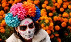 Фото: Мексикчүүд нас барагсдын өдрийг тэмдэглэв
