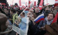 Путины төрсөн өдөр Орос даяар жагсаал болж, 260 гаруй хүн баривчлагдав