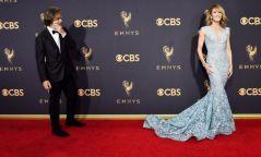 "Фото: ""Emmy Awards"" 2017 улаан хивсний ёслол"