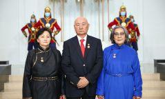 Гурван шүүгчид Монгол Улсын гавьяат хуульч цол хүртээлээ