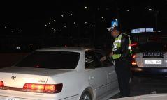 Согтуугаар автомашин жолоодсон 53 иргэнийг 7-30 хүртэл хоногоор баривчилжээ