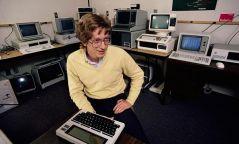 Билл Гейтс 62 нас хүрлээ
