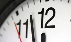 Зуны цагийн тоололд шилжихгүй учир цагаа хэрхэн тохируулах вэ