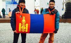 Мөсөнд авиралтын тамирчид олон улсаас анх удаагаа медаль хүртэв