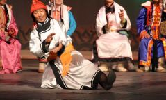 Монгол бий биелгээний анхдугаар наадам болно