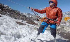 Эверестийн ноён оргилд гарсан анхны хөлгүй хүн