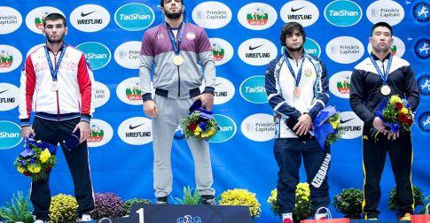 """Г.Ганхуяг эрэгтэй бөхчүүдээс """"U-23""""-ЫН ДАШТ-ий анхны медальтан боллоо"""