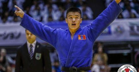 Ази, номхон далайн бүсийн аваргаас долоон медаль хүртээд байна