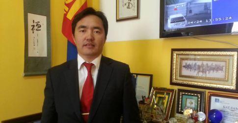 Л.Эрдэнэ: Монголчуудын сул талыг олон улс тодорхойлж, түүнийгээ бидний эсрэг ашиглаж байхыг үгүйсгэхгүй